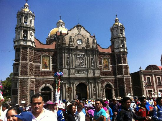 photo2.jpg - Picture of Basilica de Santa Maria de Guadalupe ...