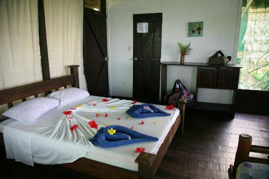Punta Marenco Lodge: Pure romance in our room :-)