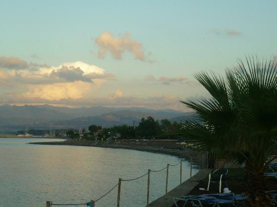 Souli Beach Hotel: View from grounds