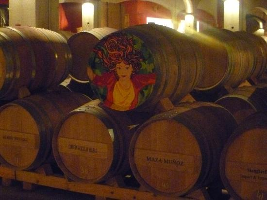 Bodegas David Moreno: Barrica decorada