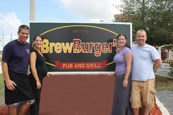 BrewBurger's Pub and Grill: BrewBurger's Family (The Bacons & the Saccos)