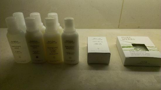 Design Hotel Josef Prague: Bathroom amenities