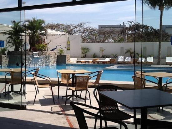 WinMeier Hotel y Casino: Piscina del Garza Hotel