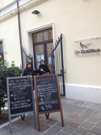 Ristorante De Gustibus : ingresso.