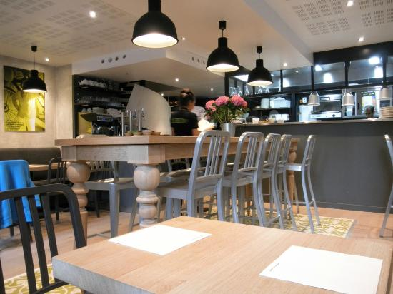 Bright Clean And Cheerful Small Tables Plus One Big Farmhouse - Farmhouse table restaurant