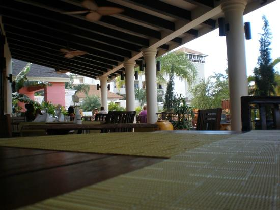 Secrets St. James Montego Bay: ZONA TERRAZA BUFFET
