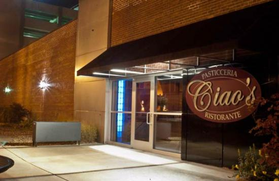 ciao's : A view of the main entrance to the restaurant.
