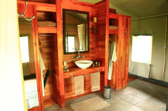 Wilderness Safaris Seba Camp: Salle de bain