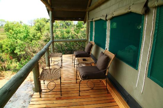 Wilderness Safaris Seba Camp: Terrasse de la chambre