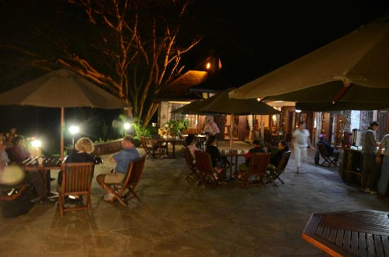 Keekorok Lodge-Sun Africa Hotels: Patio