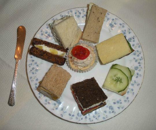 Teaberry's Tea Room: Tea sandwiches at Teaberry's