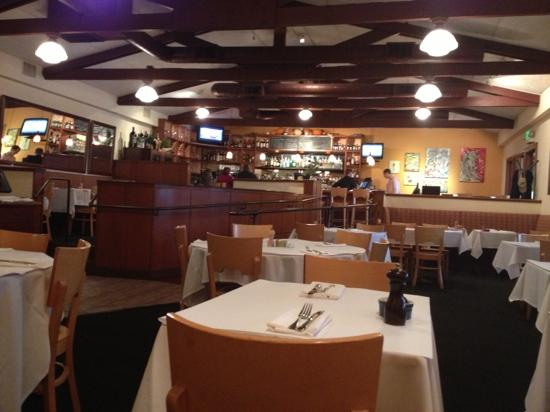 Fume Bistro & Bar : dining room view from central booth