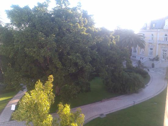 Pestana Palace Lisboa Hotel & National Monument: View of gardens from room