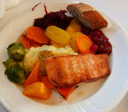 Victorian Inn: Salmon Alternative