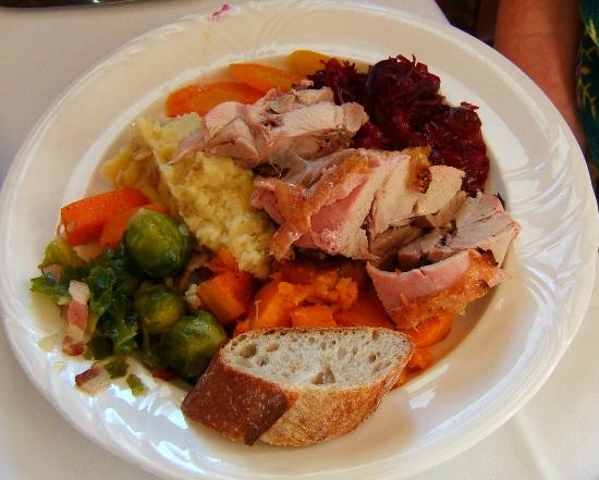 Victorian Inn: Best Turkey Dinner Ever