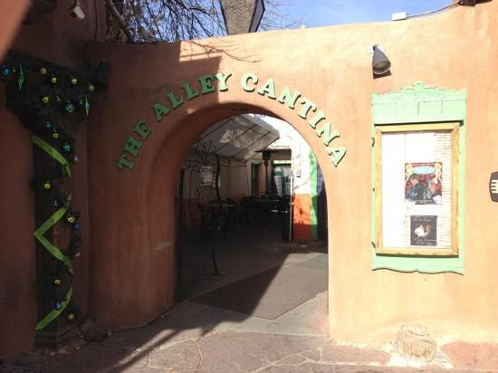 Alley Cantina: out of the way entrance