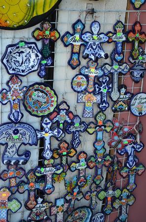 Mercado el Parian: Crosses in Puelba Market