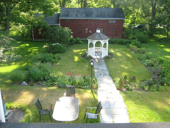The Federal House B & B : the view from our bedroom window