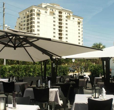 The Plaza Bistro: Enjoy beautiful views