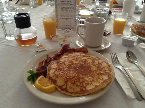 Quality Inn: colazione