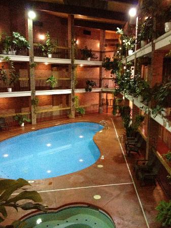 Baymont Inn & Suites Cortez: piscina