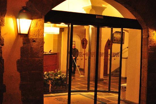Hotel Degli Orafi: Hotel entrance