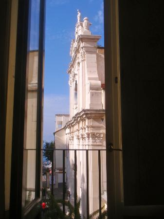 Palazzo Marziale: View of water from room
