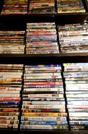 Antigonish Evergreen Inn : Over 400 DVD's to borrow