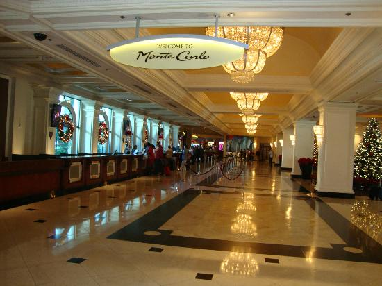 Monte Carlo Resort & Casino: lobby