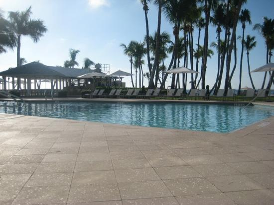Casa Marina, A Waldorf Astoria Resort: poolside
