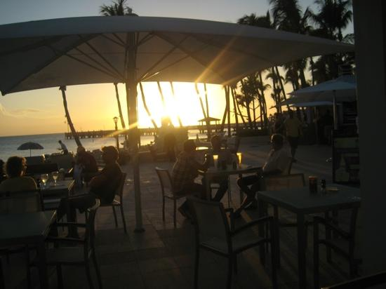 Casa Marina Key West, A Waldorf Astoria Resort: sunset by the bar