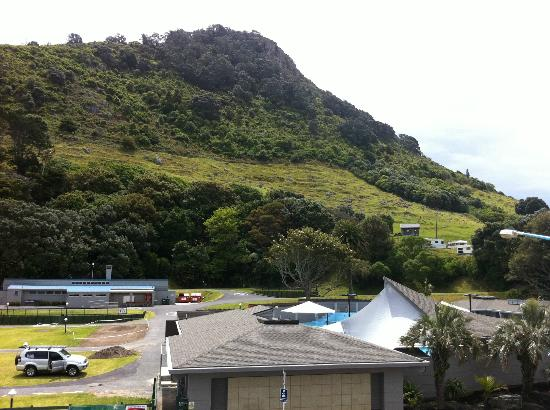 Calais Mount Resort: Standing on the balcony. You can see the Mount and the hot pools across the road.