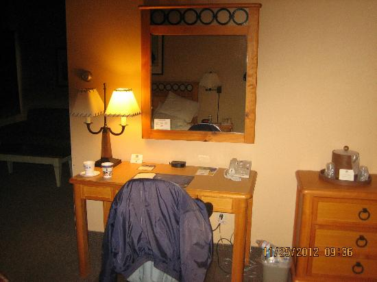 Best Western Northwest Lodge: desk
