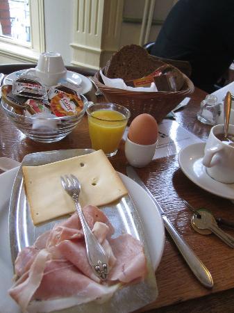 Hotel Museumzicht : Breakfast