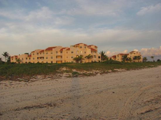 Northwest Point Resort: Building 2