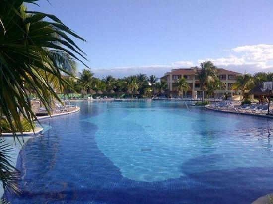 Grand Bahia Principe Coba: tranquility if your from northern minnesota!