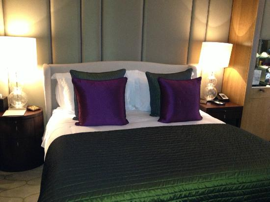 Corinthia Hotel London: Beautifully appointed rooms