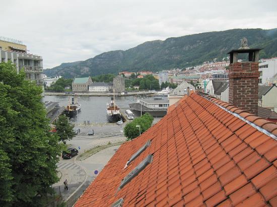 Almenningen Guesthouse and Apartments: vistas desde atico