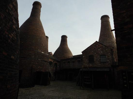 Gladstone Pottery Museum: Bottle kilns
