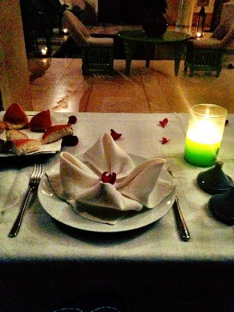 Riad Due: a candlelit dinner