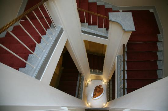 Palazzo San Lorenzo Hotel & Spa: Stairs