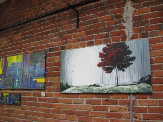MoLe Restaurant: Wall Art