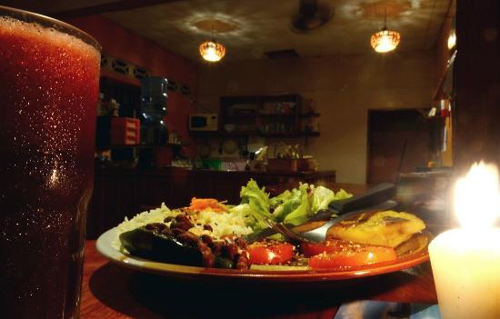 Jugoso vegetarian plate
