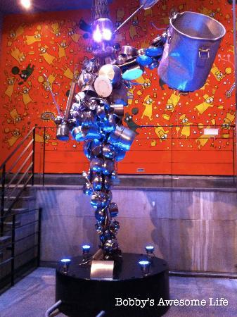 Hongdae NANTA Theatre : Entryway art