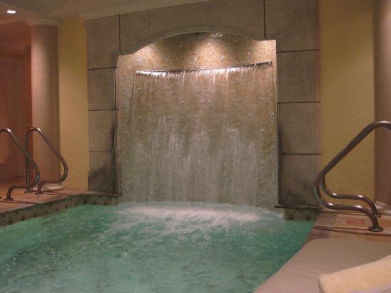 Cute Kohler Waterfall Images - The Best Bathroom Ideas - lapoup.com