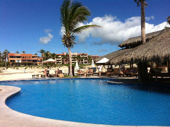 Casa del Mar Golf Resort & Spa: Lower pool