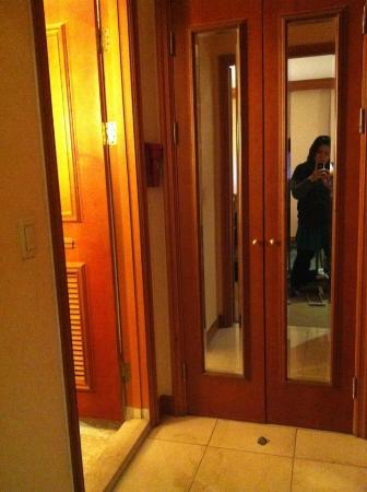 Karak Tourist Hotel: room 311