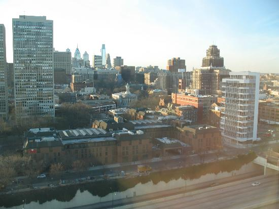 Hilton Philadelphia at Penn's Landing: northwestern view