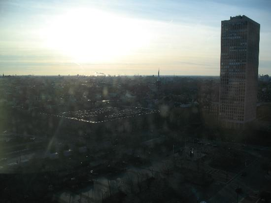 Hilton Philadelphia at Penn's Landing: southwestern view