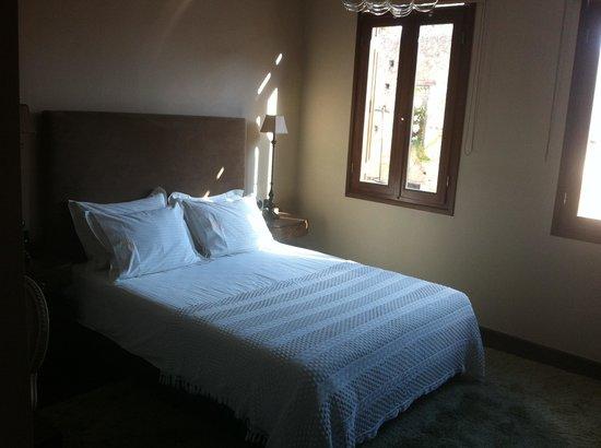 Mama Nena Charming Hotel: Dormitorio